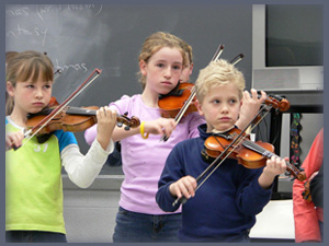 Learn to play harmonium online